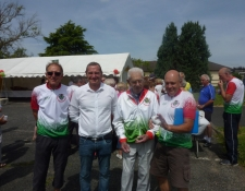 Une récompense méritée pour Carmen et Marcel BONNIN doyens des Cyclotouristes Vierzonnais