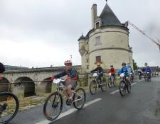 Semaine «Jeunes» de CHATELLERAULT : Du vélo et des jeux