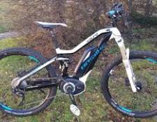 Avantages et inconvénients de débuter le VTT sur un VTTAE, un vélo électrique