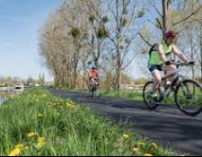 La véloroute Coeur de France à vélo, promesse touristique et ambition économique