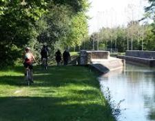 Le canal de BERRY à vélo de THENIOUX à EPINEUIL le FLEURIEL