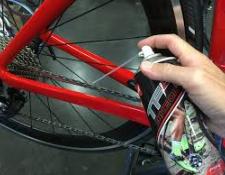 Entretenir son vélo pour l'hiver : protéger son cadre